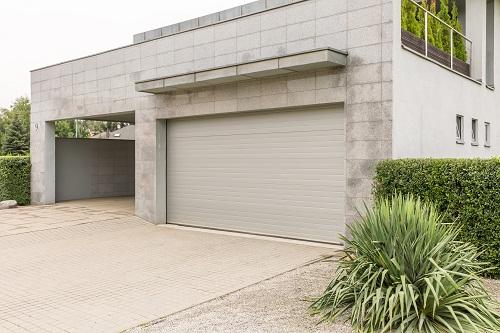 la motorisation de porte de garage à Nice